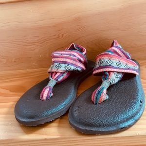 Sanuk Sling Yoga Mat Sandals